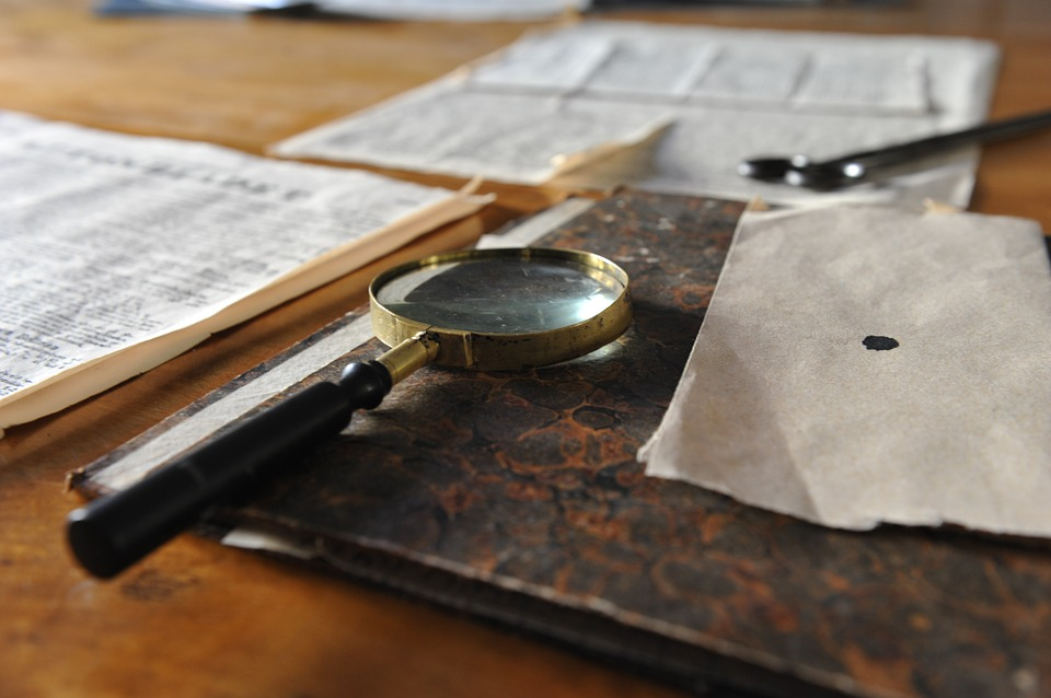 magnifying-glass-626174_960_720